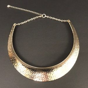 (3 for 30) Bold elements gold tone necklace